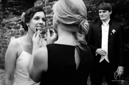 Ein bisschen mehr Lippenstift – Hochzeitsshooting auf SchlossBurg