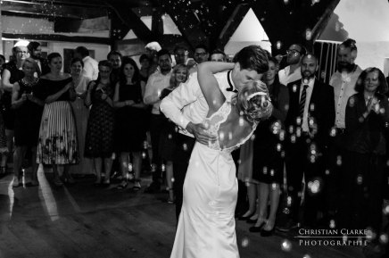 Hochzeitstanz auf dem Nordenholzer Hof inHude