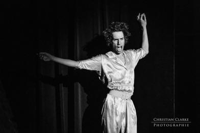 "niepokonany x najnowsza kolekcja nowy koncept Jordan Jagger"" in der Neuen Aula Essen | Christian Clarke"