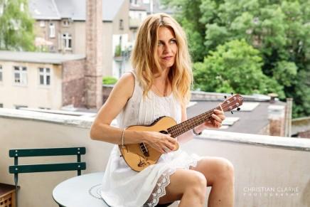 Portraits der Musikerin MagdalenaKryspin