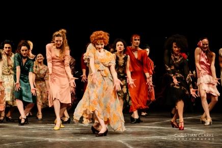 Die sieben Todsünden – Choreographie von PinaBausch